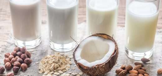 health-benefits-nut-milks-1