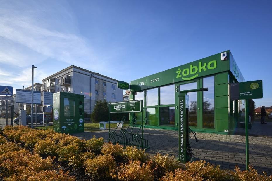 sklep Żabka w Warszawie, pierwszy sklep zasilany zieloną energią